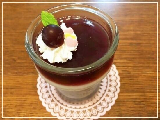 ぶどうジュースで作る「ぶどうの3色ゼリー」のレシピ