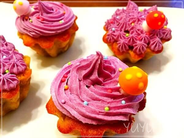 バナナマフィンの作り方。紫芋バタークリームでデコレーション