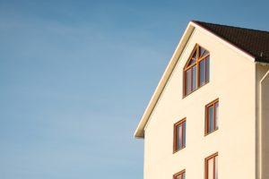 家族4人の我が家の防災対策と改善点をご紹介します。