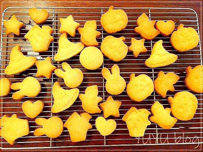 ハロウィンの型抜きクッキー