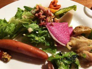 新鮮野菜の朝食